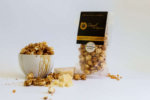 Royal Popcorn with Caramel and Cream Cheese