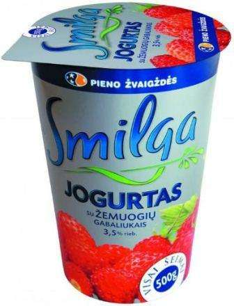 """Yogurt  """"Smilga"""" 3,5%  with wild strawberries"""
